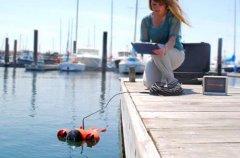 轻松探索海底世界 iPad操纵迷你潜水艇